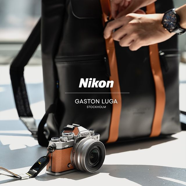 A while ago we teamed up with Nikon after discovering that their incredible cameras and our roomy bags are a perfect match. Stay tuned for more stunning content created by the Nikon team!⠀⠀⠀⠀⠀⠀⠀⠀⠀ ⠀⠀⠀⠀⠀⠀⠀⠀⠀ #anywherewithgl #gastonluga #spläsh13blackbrown #NikonZfc
